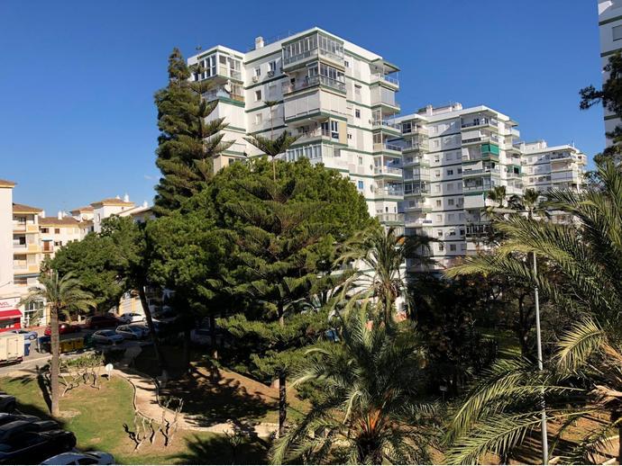 Foto 1 de Piso en Calle Azucena / Torre del Mar, Vélez-Málaga