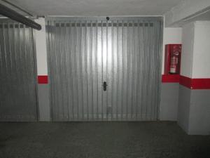 Garaje en Venta en Vélez-málaga, Zona de - Vélez-málaga / Vélez-Málaga