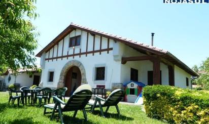 Casa o chalet de alquiler en Los Pinares, 23, Ris