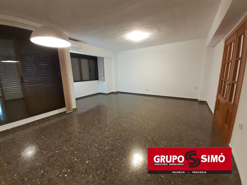 Location Appartement  Calle calvario. Piso en zona de la ermita de picassent