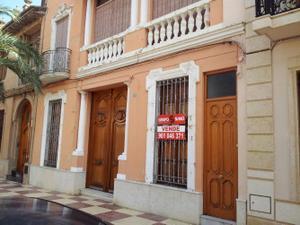 Venta Vivienda Casa-Chalet carrer nou, 65