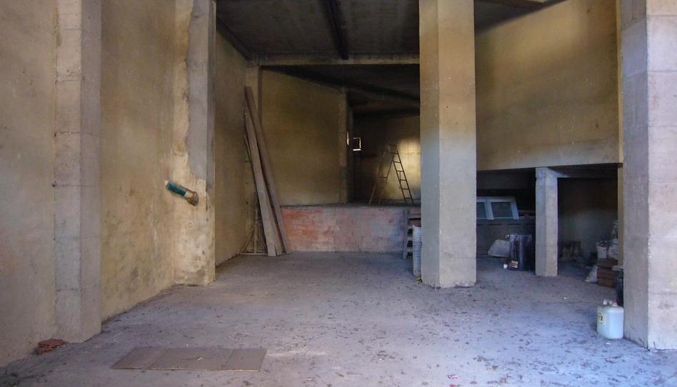 Foto 1 de Nave industrial de alquiler en Ricardo Montes, 37 Ciudad Naranco - Prados de La Fuente, Asturias