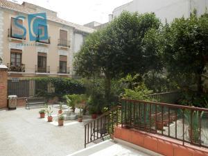 Piso en Alquiler en Buensuceso / Centro