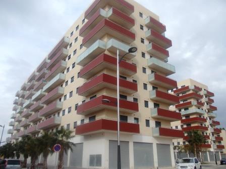 Affitto Appartamento  Calle fuente baja. Gran piso de estreno en Alfafar, te encantará!!