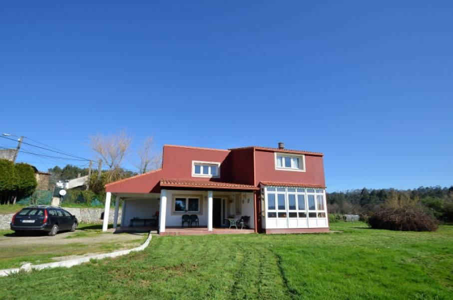 House for sale in Betanzos