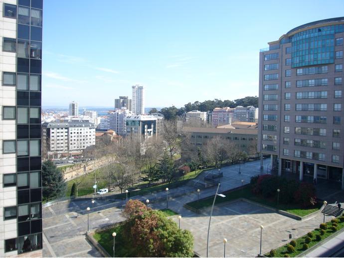 Foto 1 de Piso en  Ronda Nelle / Agra del Orzán - Ventorrillo - Vioño, A Coruña Capital