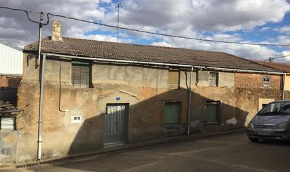 Chalets en venta baratos en España