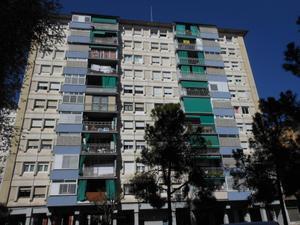 Piso en Alquiler en Benito Perez Galdos, 3 / Centre - Cordelles