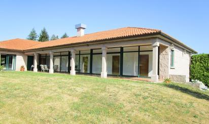 Casa o chalet en venta en Avenida Doctor Don Cipriano Reiriz, Bugallido