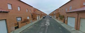 Chalet en Venta en Calle Segovia / Chozas de Canales