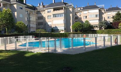 Pisos en venta con piscina en Colmenar Viejo