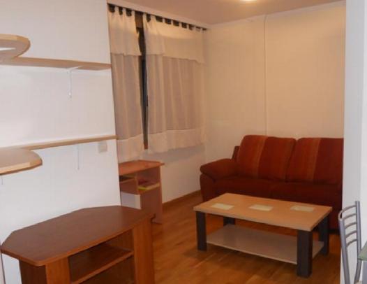 Apartamento en alquiler en Casco Urbano - Areal Zona hellip;