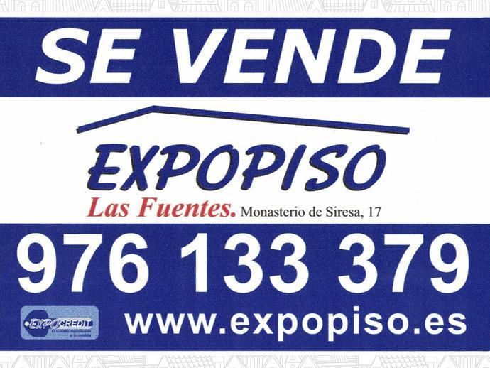 Foto 13 de Casa adosada en Muel Adosado Seminuevo Financiado 100% / Muel