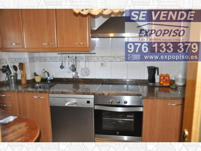 Foto 8 de Casa adosada en Villarrapa Adosado Seminuevo / La Joyosa