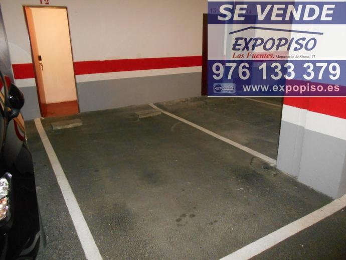 Foto 2 de Garaje en Garaje Y Trastero Avda Compromiso De Caspe 84 / Las Fuentes,  Zaragoza Capital