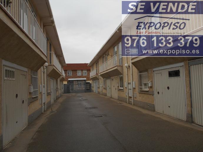Foto 1 de Casa adosada en Adosado En  Movera / Santa Isabel - Movera,  Zaragoza Capital