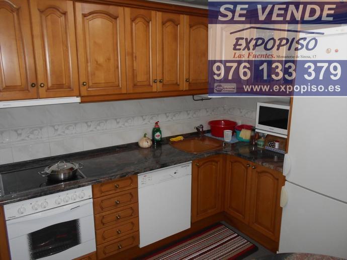 Foto 8 de Casa adosada en Adosado En  Movera / Santa Isabel - Movera,  Zaragoza Capital
