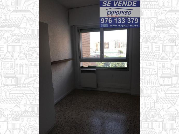 Foto 8 de Piso en Romareda 4Hab,2Baños,Garaje,Terraza / Romareda,  Zaragoza Capital
