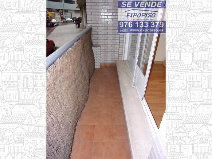 Foto 9 de Piso en Cuarte De Huerva, Seminuevo Garaje Y Trastero / Cuarte de Huerva
