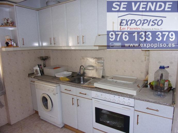 Foto 8 de Piso en Las Fuentes  3+S,Ascensor,Exterior / Las Fuentes,  Zaragoza Capital