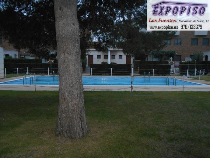 Foto 3 de Casa adosada en Miralbueno Piscina,Bodega,Terrazas,Garaje / Miralbueno,  Zaragoza Capital