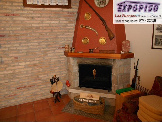 Foto 8 de Casa adosada en Miralbueno Piscina,Bodega,Terrazas,Garaje / Miralbueno,  Zaragoza Capital