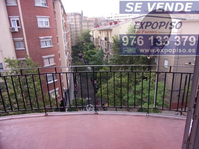 Foto 8 de Ático en Atico Avda Compromiso De Caspe,3+S,Terraza / Las Fuentes,  Zaragoza Capital