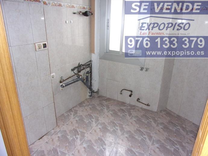 Foto 16 de Ático en Atico Avda Compromiso De Caspe,3+S,Terraza / Las Fuentes,  Zaragoza Capital