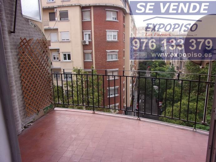 Foto 1 de Ático en Atico Avda Compromiso De Caspe,3+S,Terraza / Las Fuentes,  Zaragoza Capital