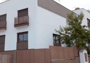Casa adosada en Venta en Vélez-málaga.- Zona el Romeral / Vélez-Málaga