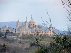 Piso en Alquiler en San Conrado / Abantos - Carmelitas