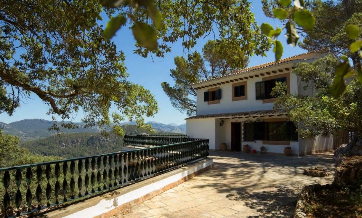 Location saisonnière Maison  Esporles. Casa independiente de alrededor de  400m² con vistas espectacula