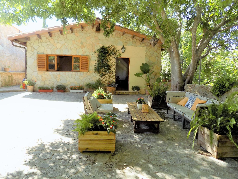 Rent House  Ma-1120. Bonita casa de 3 dormitorios a 3 km de esporles