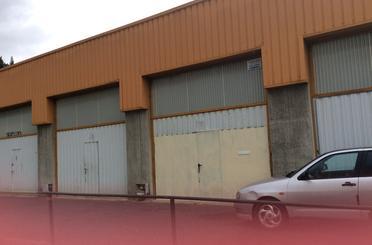 Nave industrial de alquiler en Usila, Ugao- Miraballes