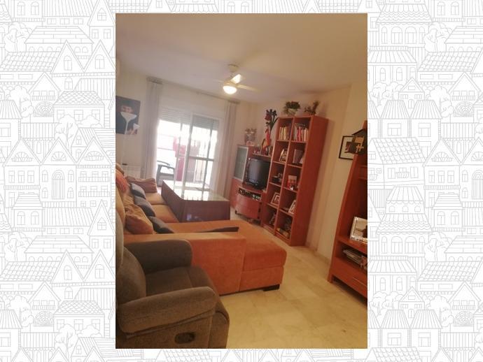 Foto 1 de Casa adosada en Badajoz Capital - Valdepasillas - La Paz - Huerta Rosales / Valdepasillas - La Paz - Huerta Rosales, Badajoz Capital
