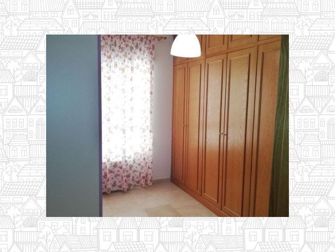 Foto 8 de Casa adosada en Badajoz Capital - Valdepasillas - La Paz - Huerta Rosales / Valdepasillas - La Paz - Huerta Rosales, Badajoz Capital