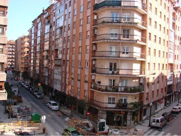 Foto 19 de Piso en Calle Alarcon / La Arena, Gijón