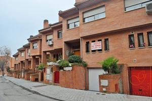 Casa adosada en Venta en Vázquez Diaz / Daganzo de Arriba