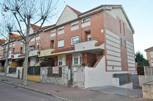 Casa adosada en Venta en Valdesancha / Daganzo de Arriba