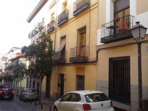 Piso en Alquiler en El Escorial, 18 / Centro
