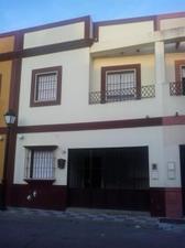 Casa adosada en Venta en Goya / Villaverde del Río