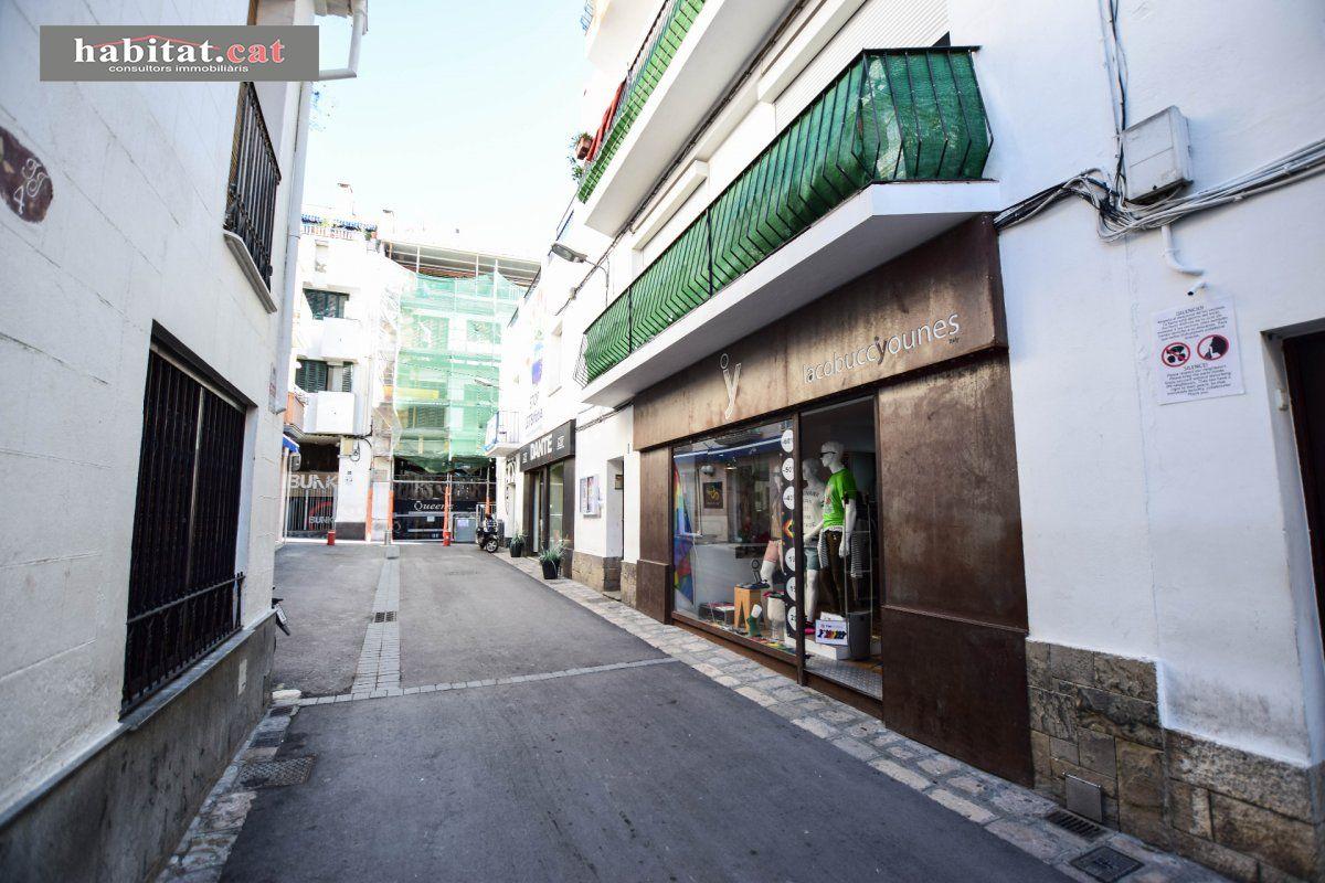 Traspàs Local Comercial  Sitges ,centre. Traspaso tienda de ropa en sitges!
