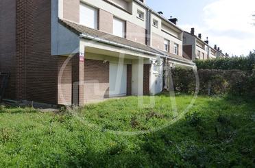 Casa adosada de alquiler en Urbanización Gurimendi, Olaz