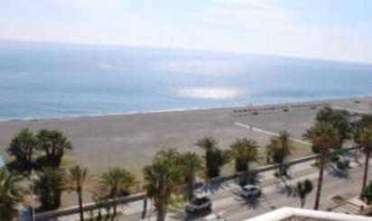 Pisos de alquiler en Playa Calabajío, Granada