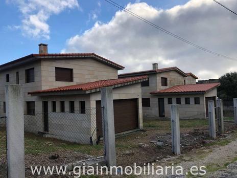 Viviendas de G.I.A - SERVICIOS INMOBILIARIOS en venta en España