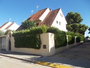 Casa adosada en Venta en Paiporta - Zona Metro - Auditorio / Zona Centro - Ambulatorio