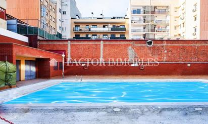 Pisos en venta con piscina en Terrassa