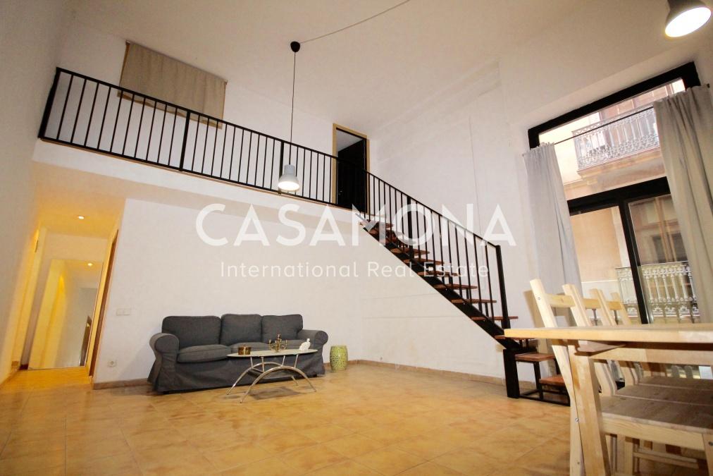 Lloguer Pis  Calle de san francisco. Amplio apartamento de 3 dormitorios en gótico