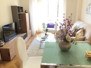Apartamento en Venta en De la Peseta / Carabanchel