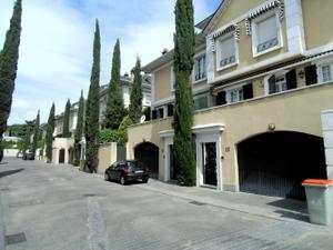 Casa adosada en Venta en De Carondelet / Hortaleza